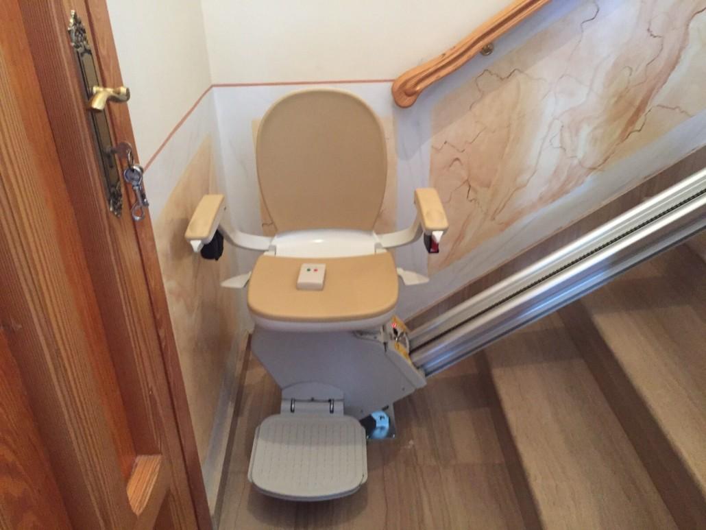 silla salvaescaleras en córdoba de interior