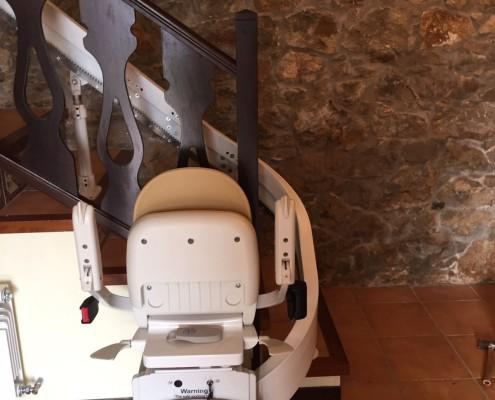 instalación de silla salvaescaleras en Lleida